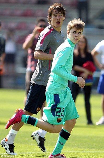 bieber soccer. Justin Bieber bieber soccer.